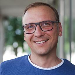 Martin Goeser - eclore // Corporate E-Commerce + E-Communication - Essen