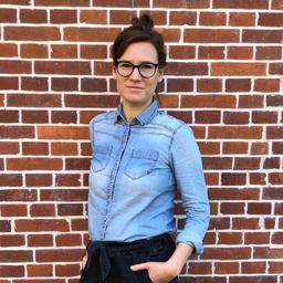 Julia Maly - Daimler TSS GmbH - Stuttgart