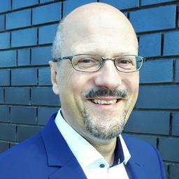 Dr. Bernd R. Olma