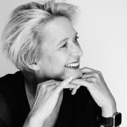 Dr. Heike Holschuh