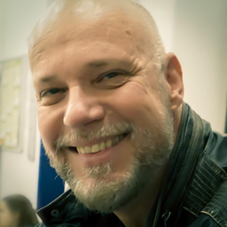 Lutz Haake